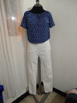 Foto Carousel Producto: Blusa y Pantalon Clásicos GoTrendier