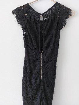 Foto Carousel Producto: Vestido negro encaje GoTrendier
