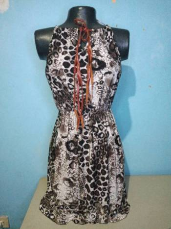 Foto Carousel Producto: Vestido corto sencillo GoTrendier