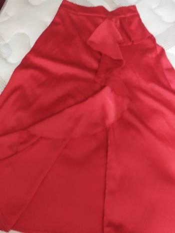 Foto Carousel Producto: Falda roja larga GoTrendier