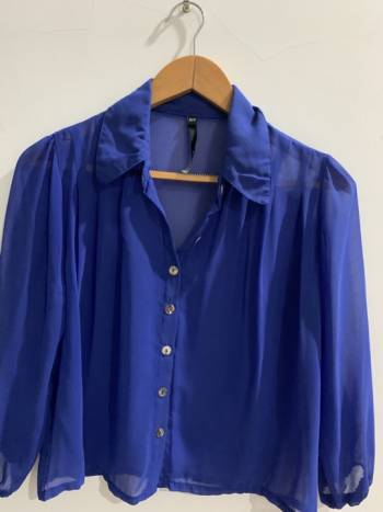 Foto Carousel Producto: Blusa azul en velo GoTrendier