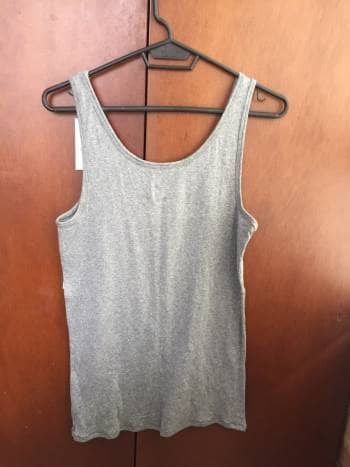 Foto Carousel Producto: Camiseta gris en algodon GoTrendier