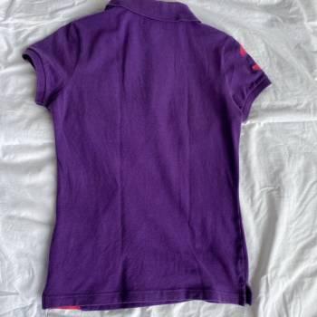 Foto Carousel Producto: Camiseta morada y rosada de Polo GoTrendier