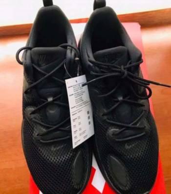 Foto Carousel Producto: Tenis Nike original Ronny 35.5 y 38.5 GoTrendier