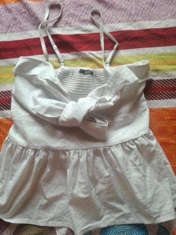 Foto Carousel Producto: Blusa blanca ELA GoTrendier