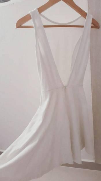 Foto Carousel Producto: Vestido blanco perla  GoTrendier