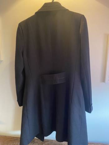 Foto Carousel Producto: Abrigo negro largo GoTrendier
