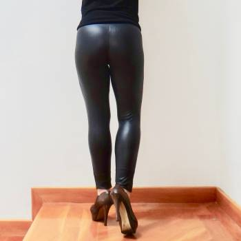Foto Carousel Producto: $20. Leggins efecto cuero #S GoTrendier