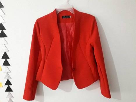 Foto Carousel Producto: Blazer rojo de Fálaca GoTrendier