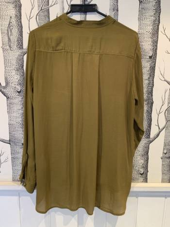Foto Carousel Producto: Camisa larga suelta H&M GoTrendier