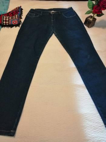 Foto Carousel Producto: Jeans color indigo GoTrendier