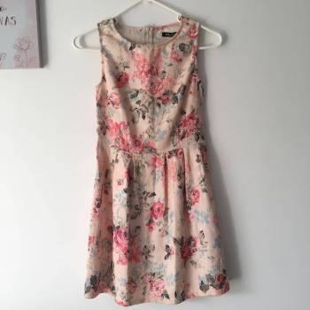 Foto Carousel Producto: Vestido de flores de Ela GoTrendier