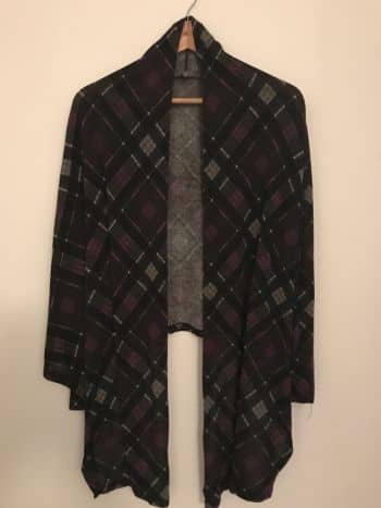 Foto Carousel Producto: Kimono hermoso de cuadros morados GoTrendier