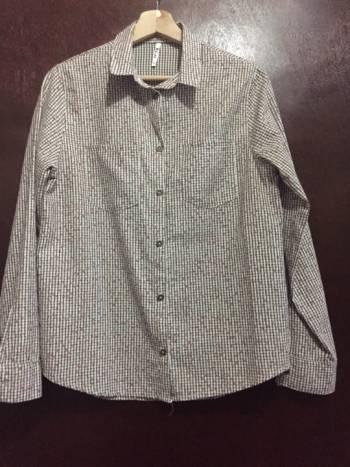 Foto Carousel Producto: Camisa de cuello y botones GoTrendier