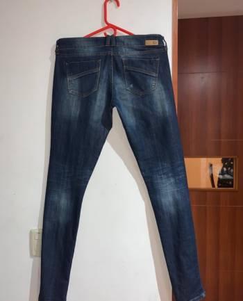 Foto Carousel Producto: Jeans azul de GoTrendier