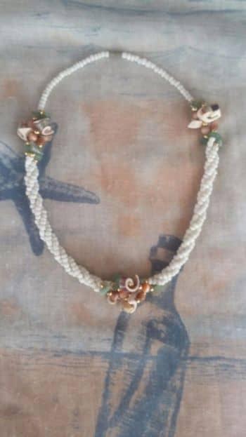 Foto Carousel Producto: Delicado collar artesanal GoTrendier