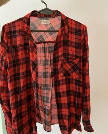 Foto Carousel Producto: Blusa cuadros Rojos y negro GoTrendier