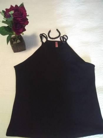 Foto Carousel Producto: Blusa negra Eva Castillo GoTrendier