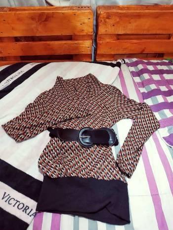 Foto Carousel Producto: Blusón estampado  GoTrendier