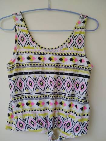 Foto Carousel Producto: Blusa con lindos colores y patrones GoTrendier