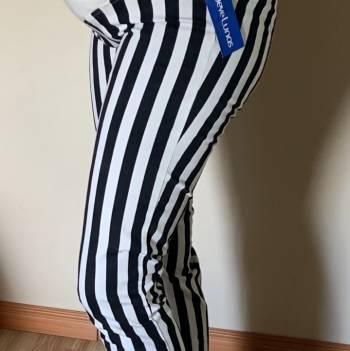 Foto Carousel Producto:  pantalón materno Nueve Lunas  GoTrendier