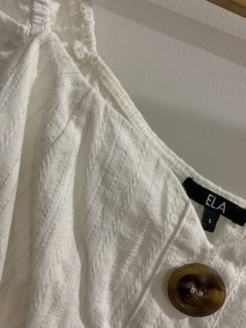 Foto Carousel Producto: Blusa beige ELA GoTrendier