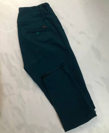 Foto Carousel Producto: Pantalón azul petróleo, Igrari GoTrendier