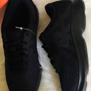 Foto Carousel Producto: Tenis Nike original Run 35.5 36 36.5 nue GoTrendier