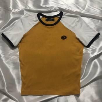 Foto Carousel Producto: Camisa con bordado  GoTrendier
