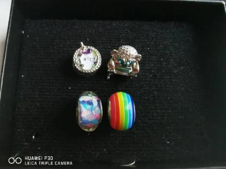 Foto Carousel Producto: Pack charms dije remate GoTrendier