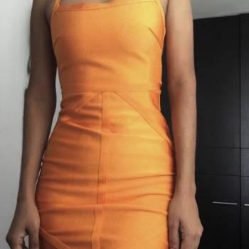 Foto Carousel Producto: Vestido bandage de Pretty Little Thing GoTrendier