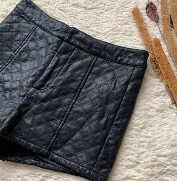 Foto Carousel Producto: VAFE201  Shorts imitación cuero GoTrendier