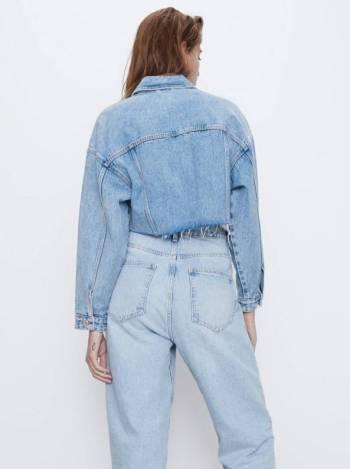 Foto Carousel Producto: Caqueta corta en Jean marca Zara talla S GoTrendier