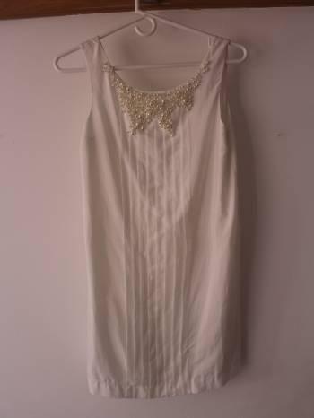 Foto Carousel Producto: Vestido de coctel blanco GoTrendier