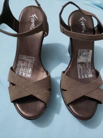 Foto Carousel Producto: Plataformas gris nuevas GoTrendier