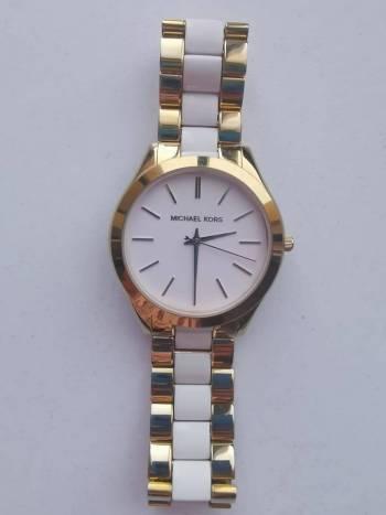 Foto Carousel Producto: Reloj Michael Kors GoTrendier