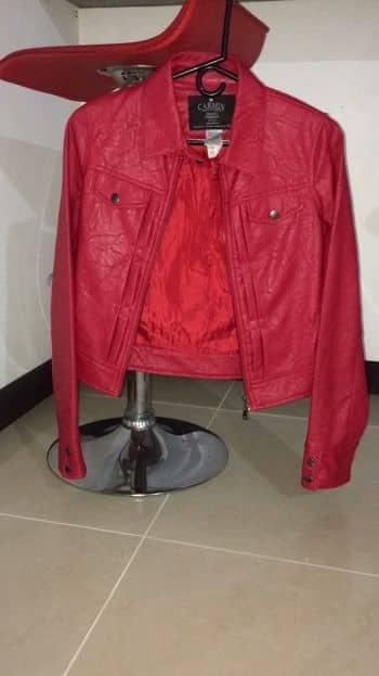 Foto Carousel Producto: Chaqueta roja GoTrendier
