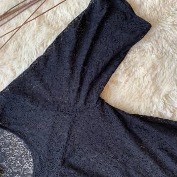 Foto Carousel Producto: TAZUFRA004  Blusa negra encaje estrech GoTrendier