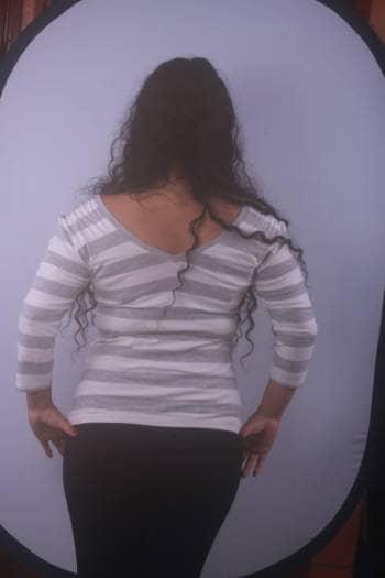 Foto Carousel Producto: Blusa de rayas grises y blancas GoTrendier