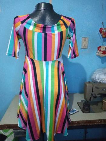 Foto Carousel Producto: Blusa multicolor cola de pato  GoTrendier
