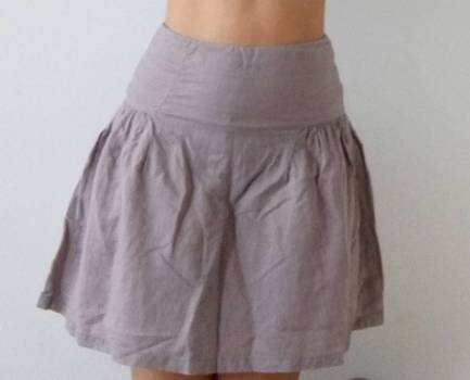 Foto Carousel Producto: Falda circular de lino gris GoTrendier