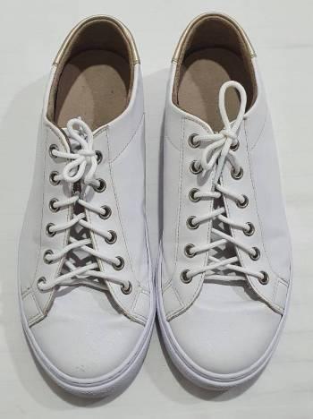 Foto Carousel Producto: Tenis blancos, talla 37, mussi GoTrendier