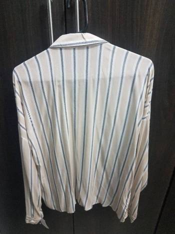 Foto Carousel Producto: Bonita camisa a rayas GoTrendier