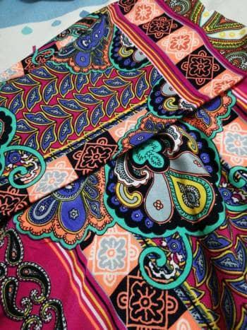 Foto Carousel Producto: Falda larga, de estampado  GoTrendier