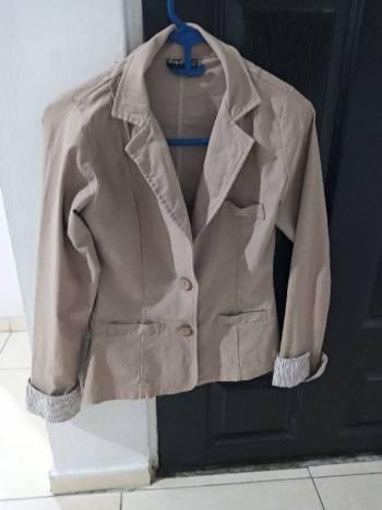 Foto Carousel Producto: Hermosa chaqueta estilo camisa GoTrendier