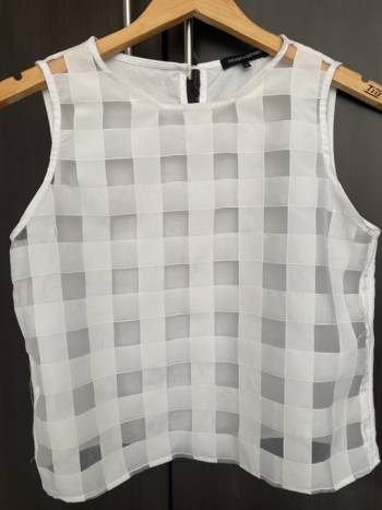 Foto Carousel Producto: Blusa blanca transparente  GoTrendier