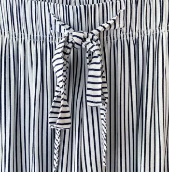 Foto Carousel Producto: Pantalón a rayas GoTrendier