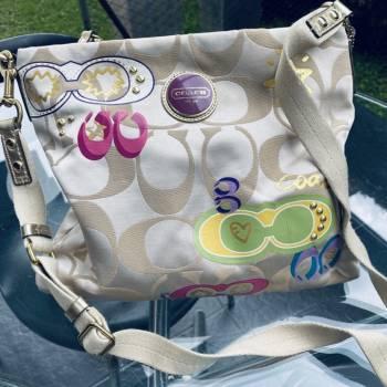 Foto Carousel Producto: Cartera coach original GoTrendier