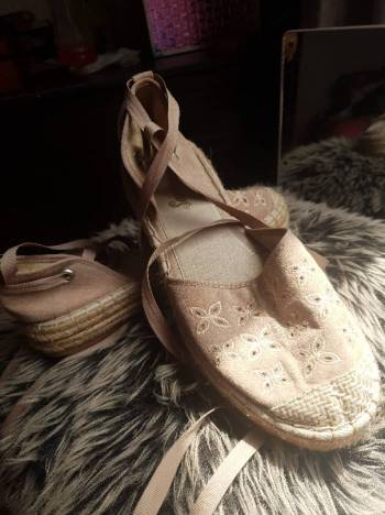 Foto Carousel Producto: Zapatos casuales estilo sandalia GoTrendier