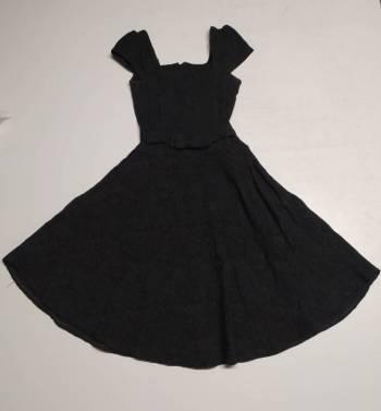 Foto Carousel Producto: Vestido negro  GoTrendier